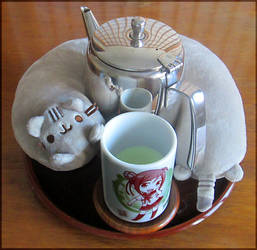 Tea with Pusheen