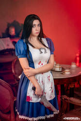 Alice Madness Returns cosplay 1