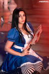 Alice Madness Returns cosplay 2