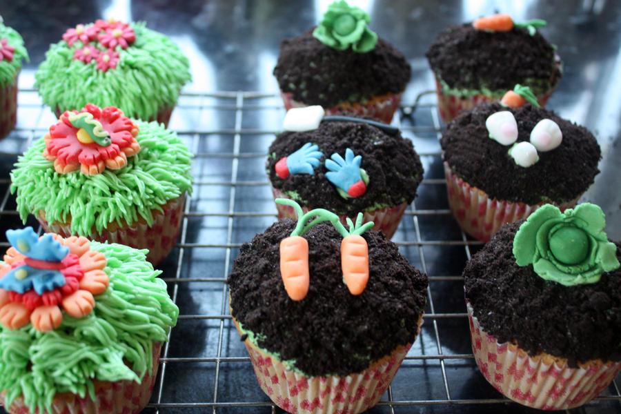 More Garden Cupcakes2 by peeka85