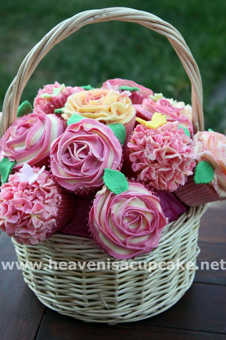 Wedding Cupcake Bouquet by peeka85
