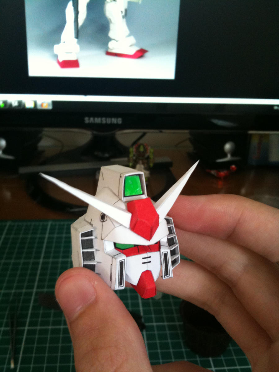 Gundam RX-78 papercraft  WIP by flavio24hh