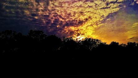 Sky of the Apocalypse by Gensotsuki