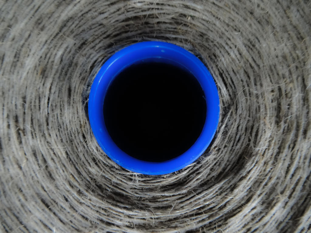 circle blue by Rrobert