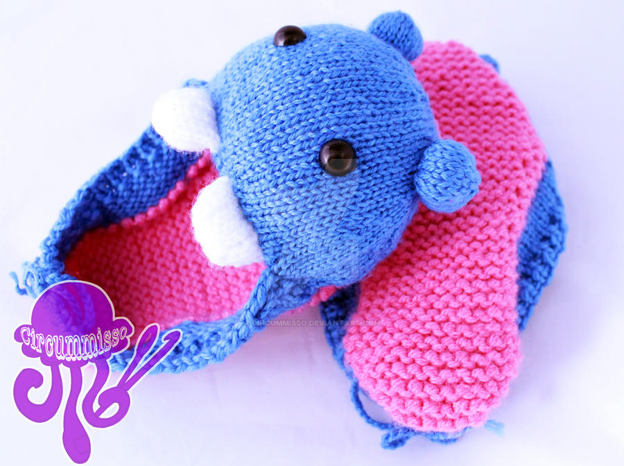Feet Eaters knitted amigurumi by circummisso on DeviantArt