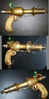 Steampunk Raygun by Natfoe
