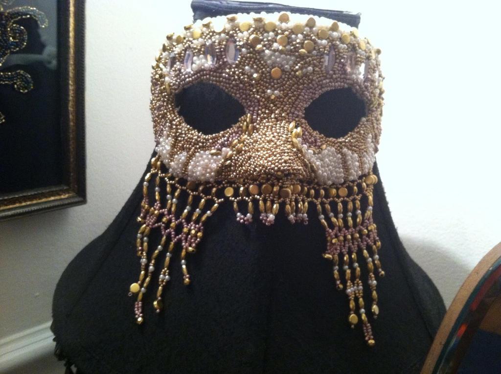 Beaded Mask 2 by phantomonex