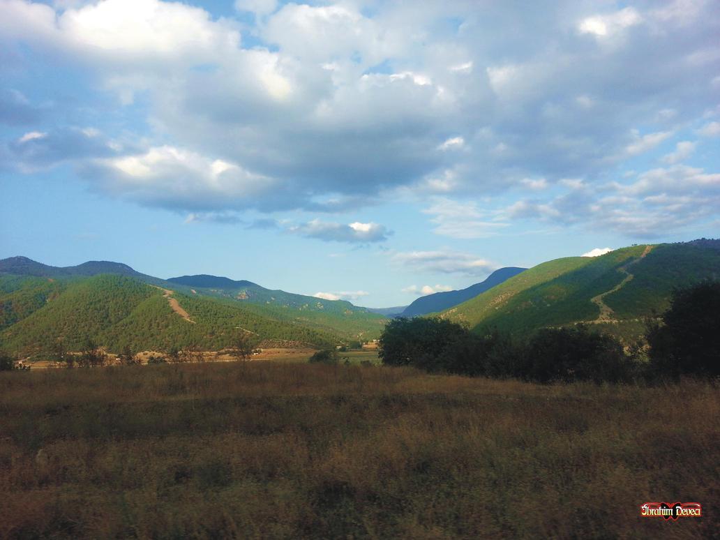 landscape by deveciufuk