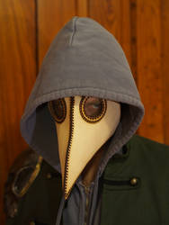Plague Doctor Mask Creeper by DragonsmithArmoury