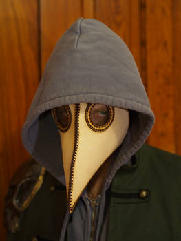 Plague Doctor Mask Creeper