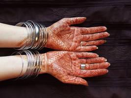 Sleepless henna in by martucia