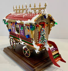 Circus Caravan Faux Gingerbread