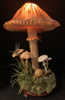 Mushroom Lamp (crepe paper)