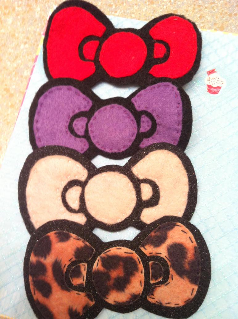 Hello Kitty Bow Hair  Clips by KatGore
