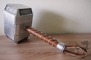 Thor's hammer DIY cosplay team33 (1) by cosplayteam33