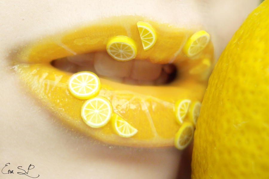 Lemon juice (lemon lip art) by Chuchy5