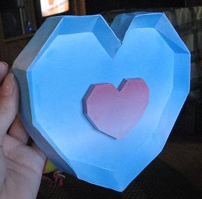 Papercraft Zelda Heartpiece by inuyashashotty
