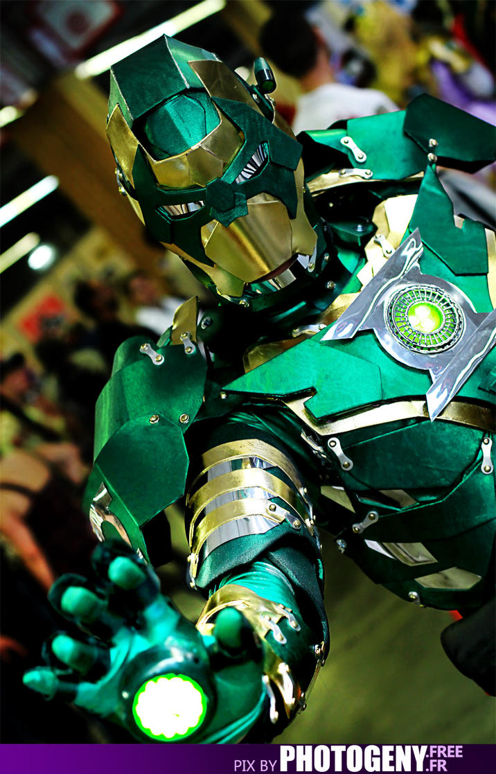 Iron Lantern by photogeny-cosplay