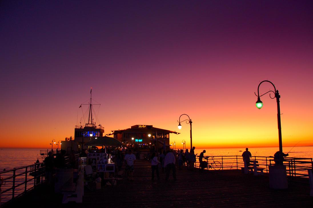 Dusk at Santa Monica by esee
