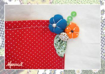 Vermelho com flores (bolsa) - detalhe by marissel