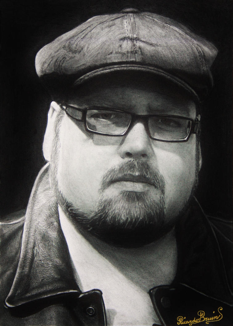 self portrait charcoal by ricardo-bruins
