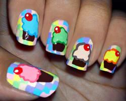 Cupcake Checkerbox Nails by fractionVerse