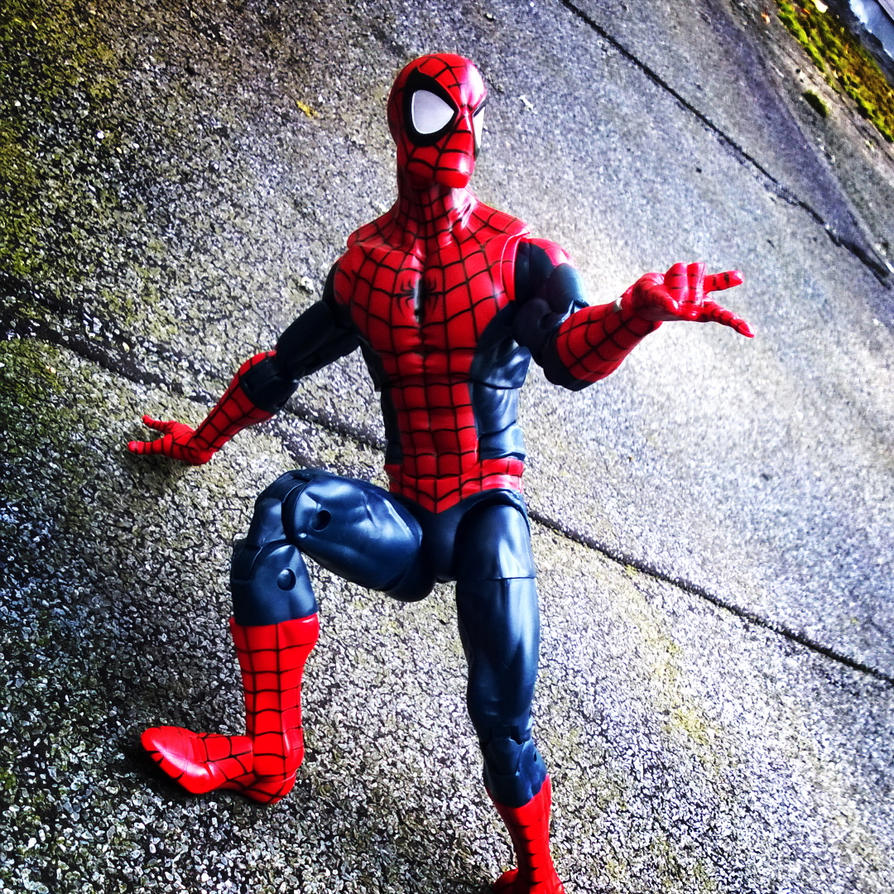 Marvel Legends Spiderman by fumpenfoto
