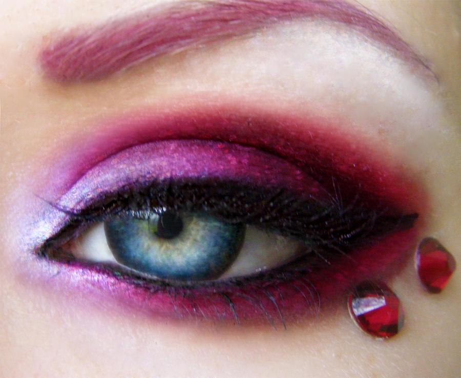 Frozen Ruby by rubysnake