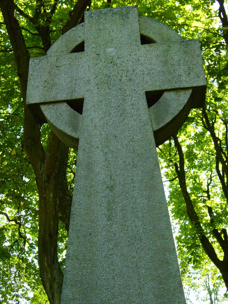 Krst Graveyard_cross_2