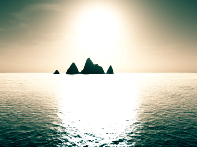 Sun over island by acoustic-memories on DeviantArt