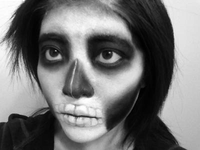 Skull Makeup by ninangame