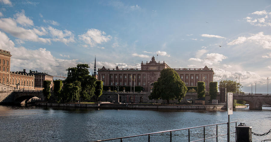 Stockholm - Majesty by cr0z3r