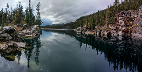 Horseshoe Lake Panorama by eegariM