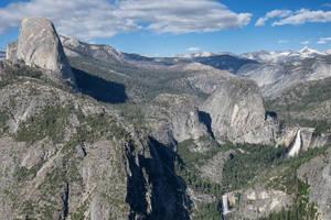 Spine of Yosemite by eegariM