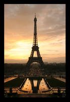 Tour Eiffel - Eiffel tower by Akanone