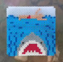 Jaws Perler  by ZombieLolitaPrincess