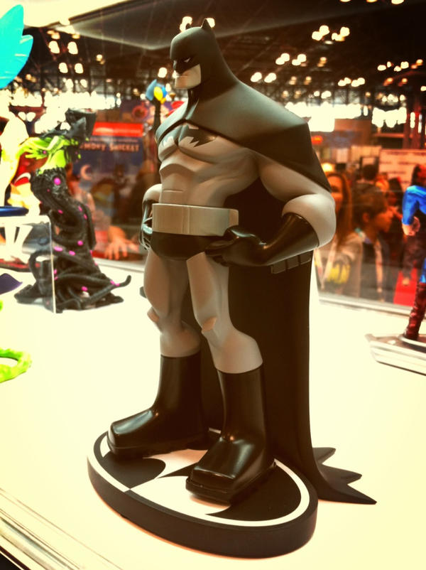 Batman B/W sculpt pre-orders open! by cheeks-74