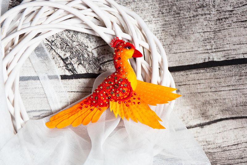 Phoenix brooch by znmystery