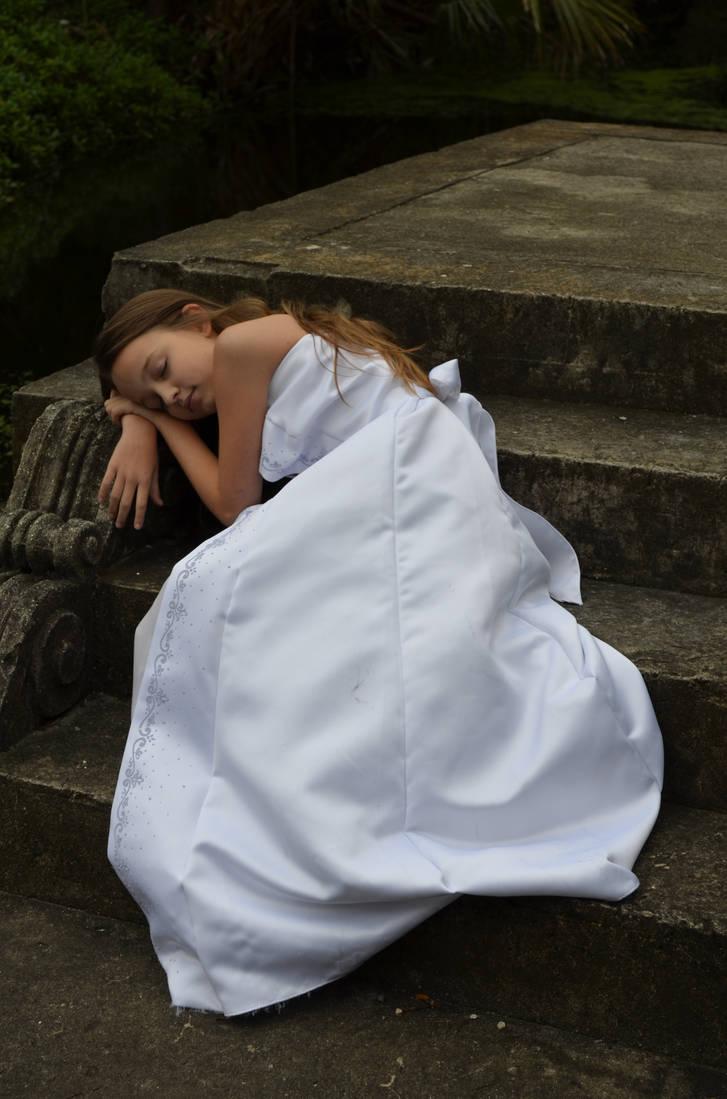 Sweet Slumber by dsweetz
