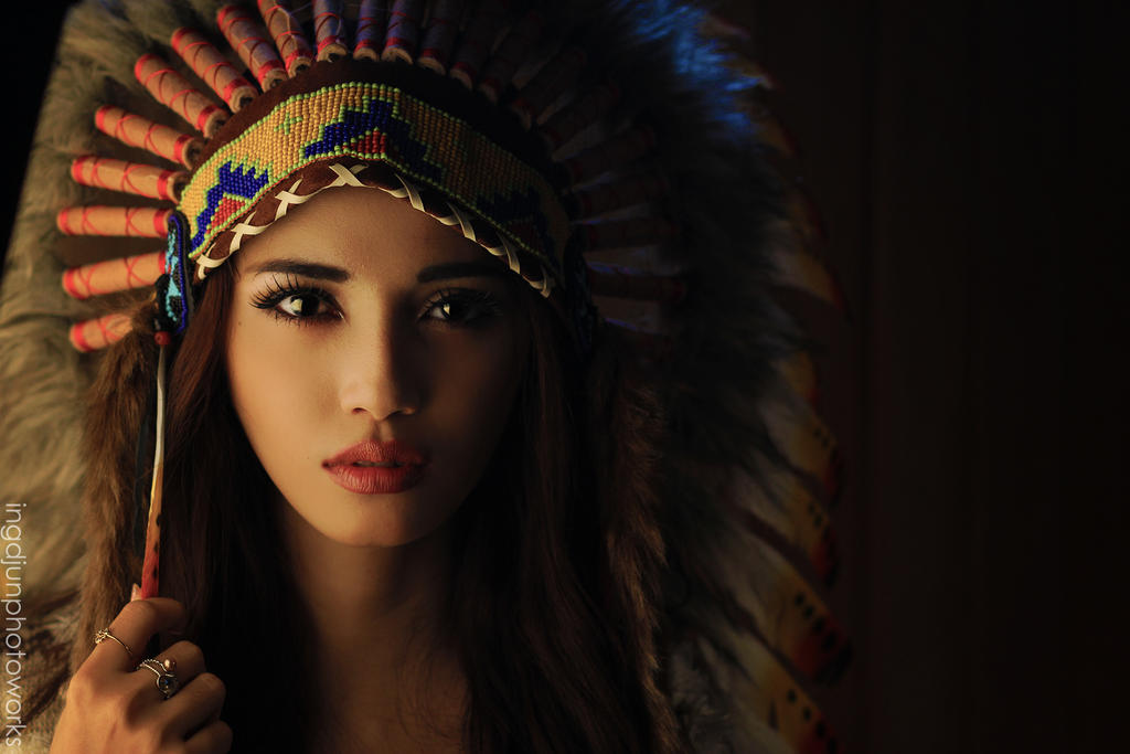 Native American Girl Headdress THE QUEEN by imwd