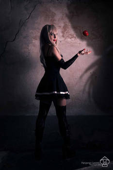 Here's an apple for you, Ryuk.