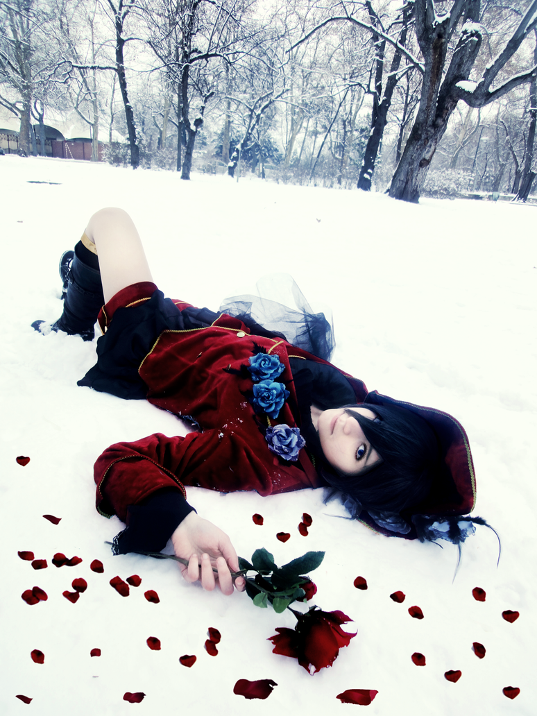 Ciel Phantomhive - Falling roses by TemeSasu