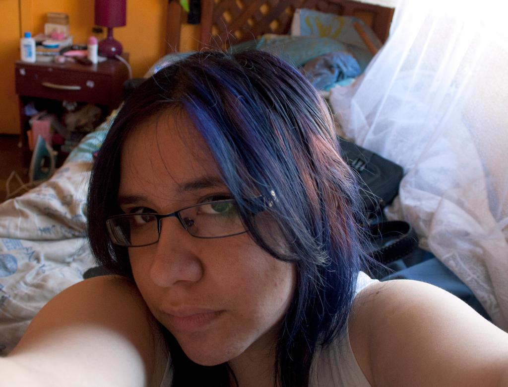 ID Katarosa pelo negro azulado rojo del flow by heartless-katare