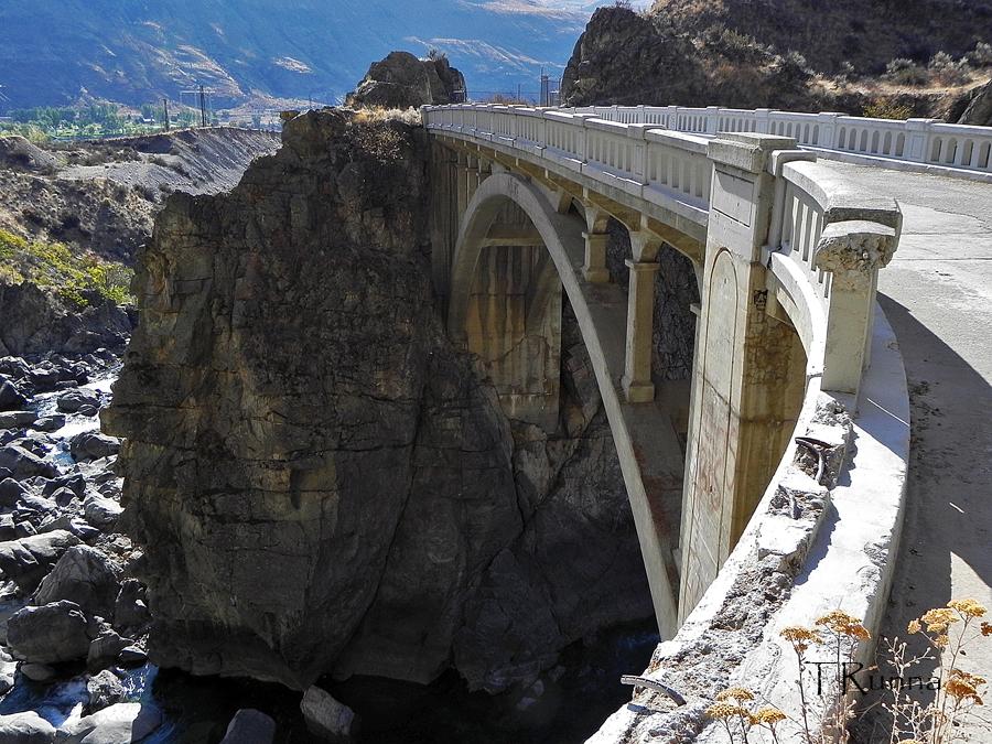 Chelan Gorge Bridge by TRunna
