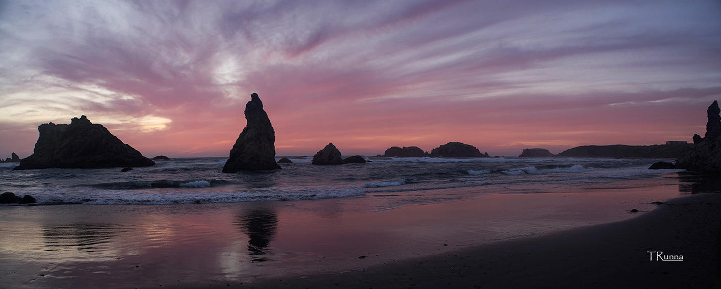 Long Sunset on the Beach by TRunna