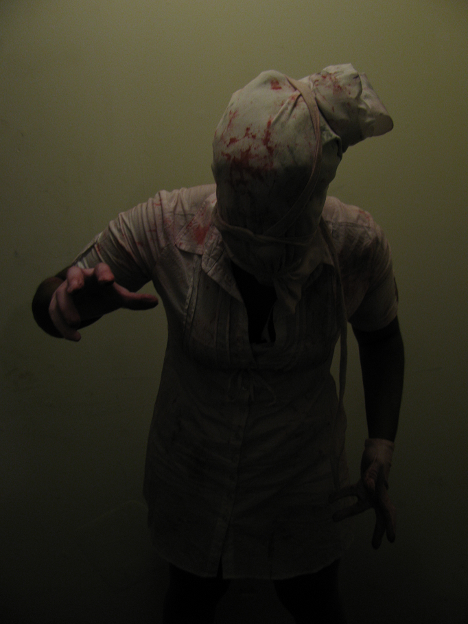 Faceless Nurse by Datura-Stramonium