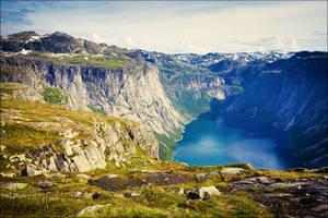 View On Ringedalsvatnet Lake by JasperGrom