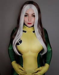 Rogue x men cosplay by britany angelus
