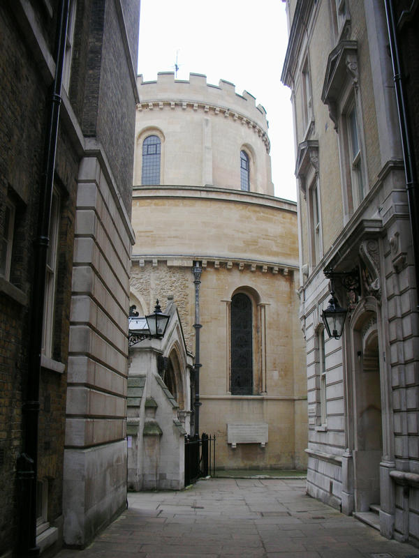 Templechurch from alley by photodash