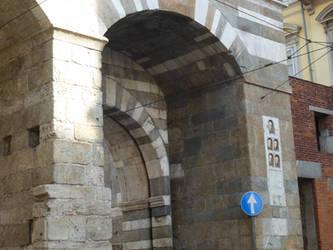 Arch, Milan by photodash